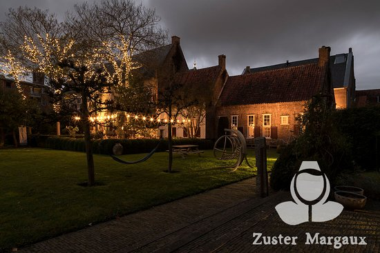 https://mluwrm0uc0jv.i.optimole.com/k7WnSnM-FswKkLCz/w:550/h:367/q:auto/https://www.blendedconnect.nl/wp-content/uploads/2020/12/zuster-margaux.jpg